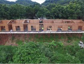 广州竹林居河边木屋